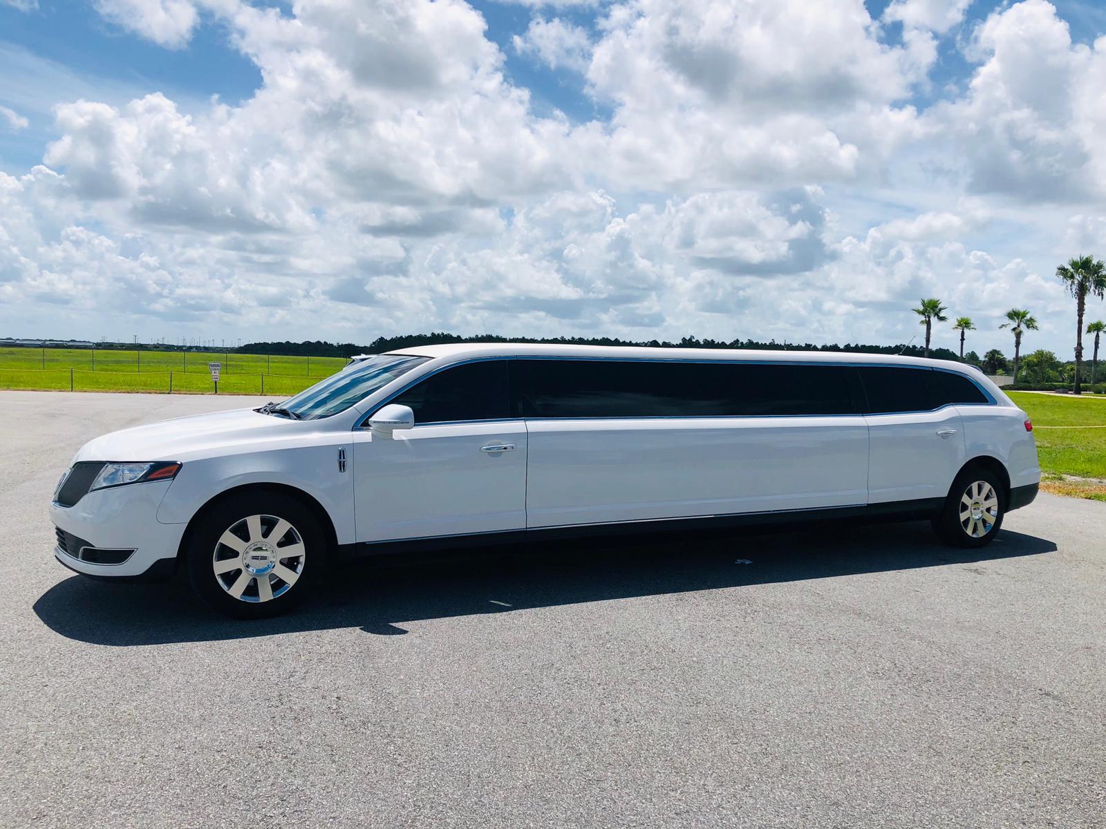 Lincoln MKT Limousine